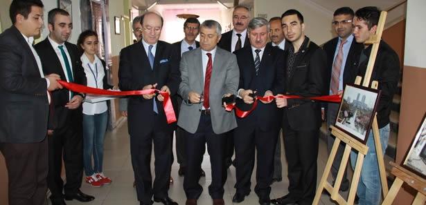 Çubuk'ta TÜBİTAK Bilim Fuarı Açıldı