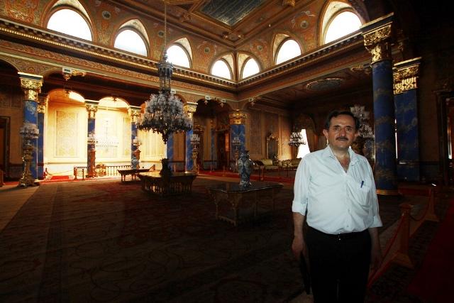 Başkan Yardımcısı Zeki Metin, Beylerbeyi Sarayını inceledi