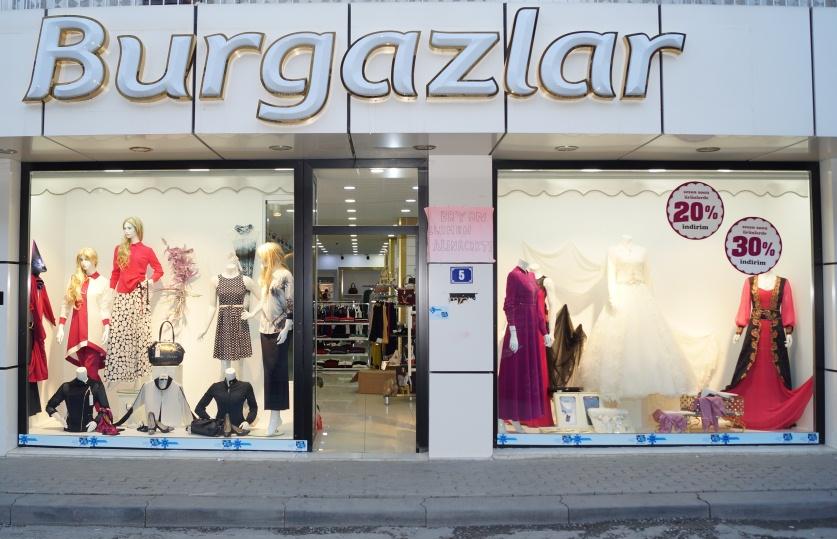 Burgazlar'da Bayan Mağazasında %30'a Varan İndirim