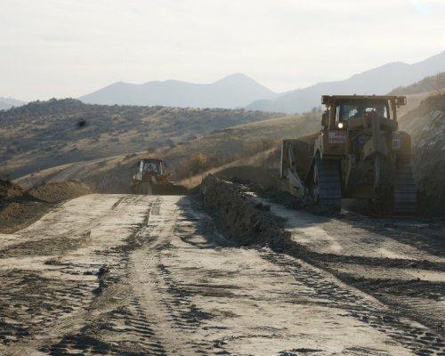 Hacılar – Avcıova Yolu Yeniden Yapılıyor