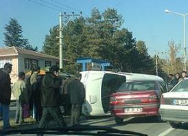 Hastane önünde trafik kazası