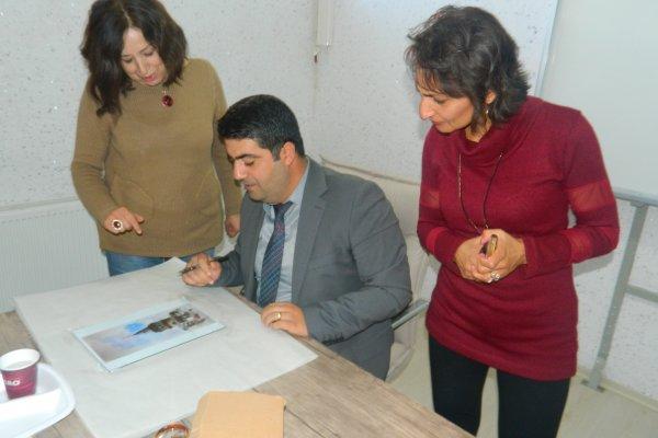 "RESSAM PERİHAN TURGUT'TAN ""CAM ALTI RESİM"" KURSU.."