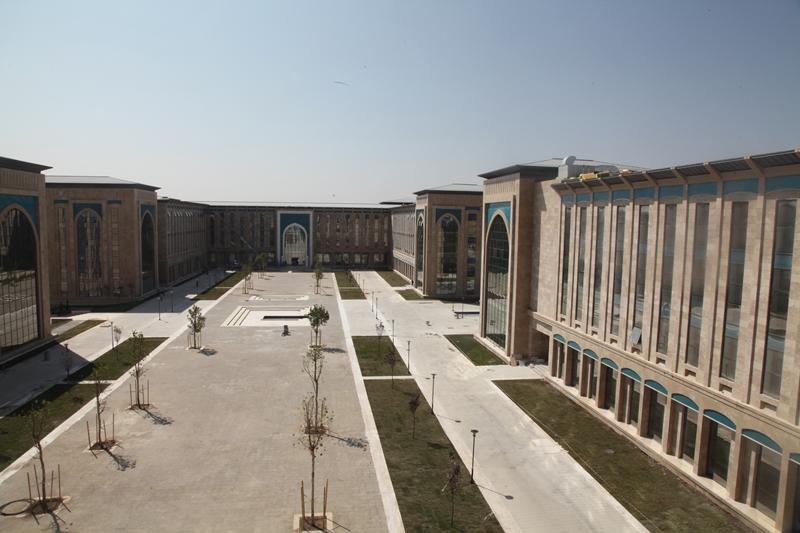Üniversite Öğrencileri, Suriyeli Öğrencilere Müfredat Hazırlayacak