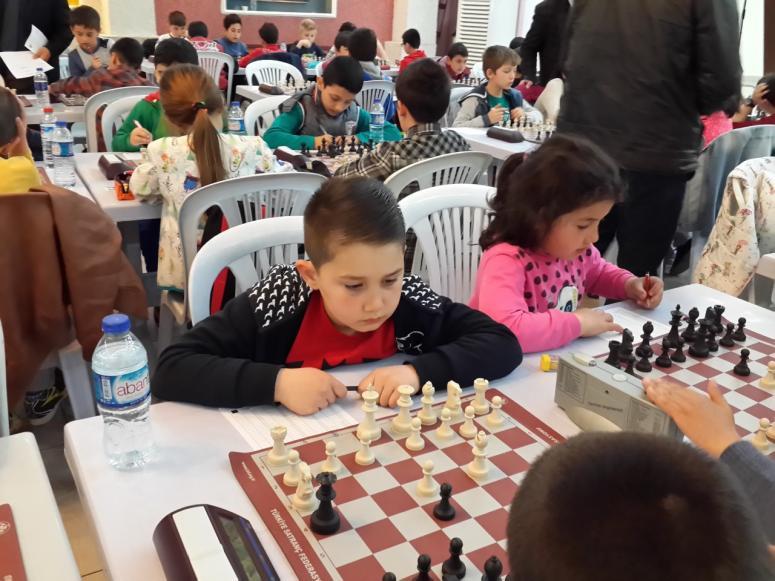 Çubuk'ta satranç turnuvası