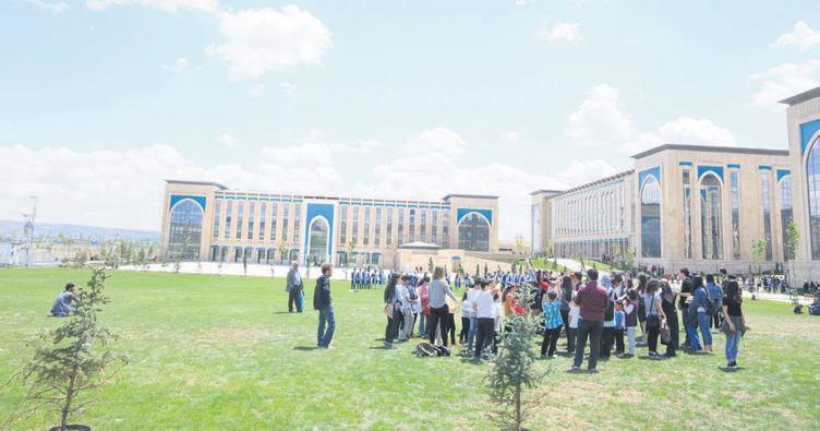 Çocuk üniversitesi kapılarını açıyor