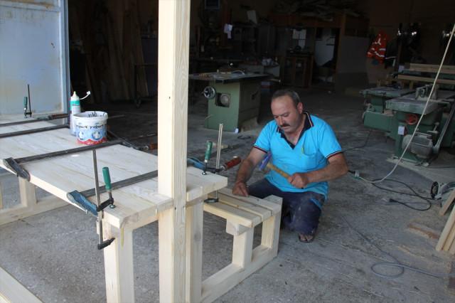 Çubuk Belediyesinin Atölyeleri Fabrika Gibi Çalışıyor