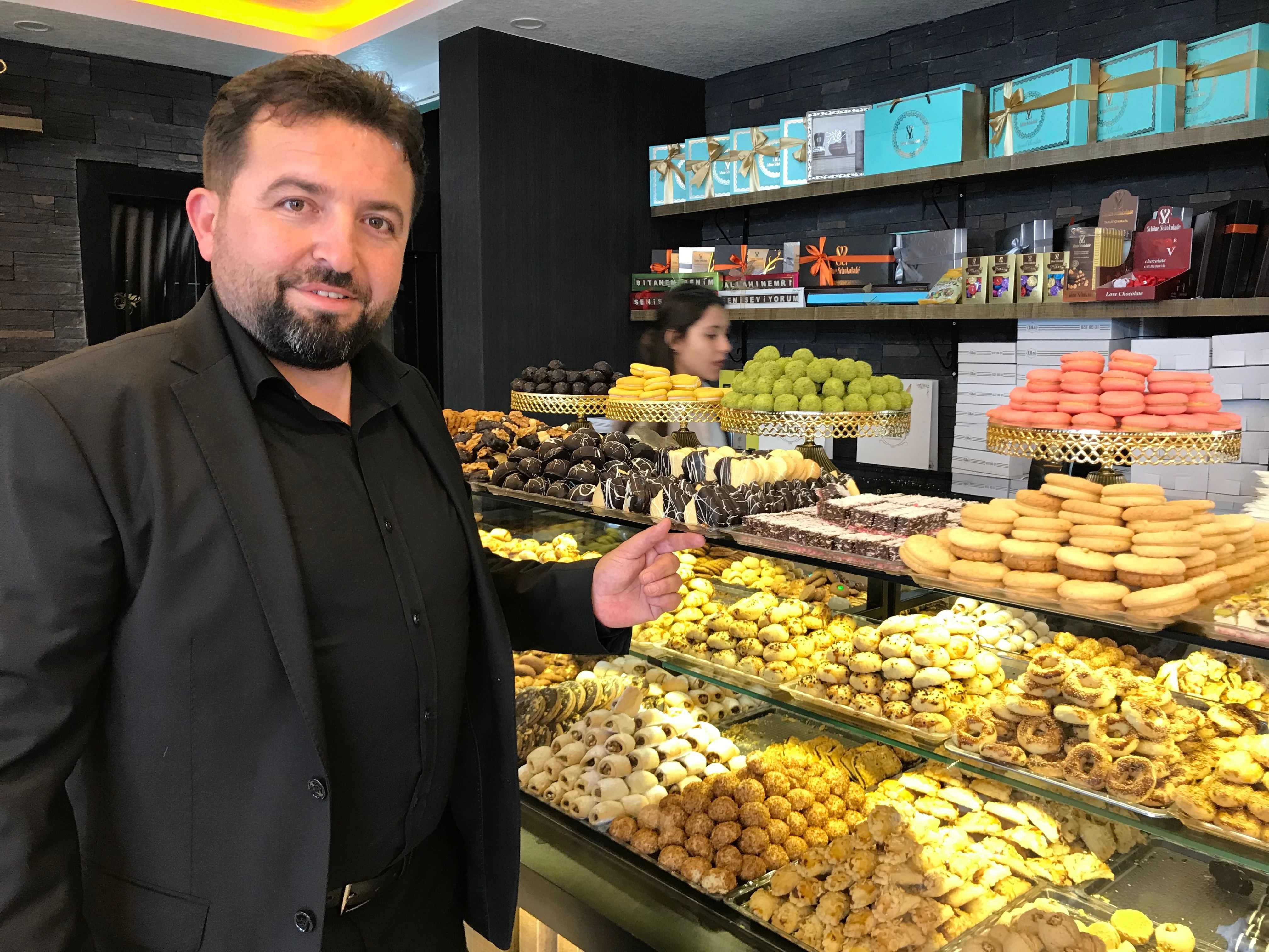 Lezzet Dünyası Lila Pasta-Cafe Açıldı