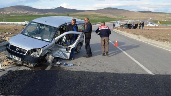 Çubuk'ta Trafik Kazası: 4 Yaralı