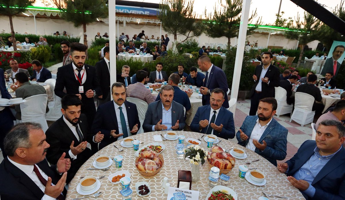 Mustafa Destici, Alperen Ocakları Çubuk Şubesinin İftar Yemeğine Katıldı