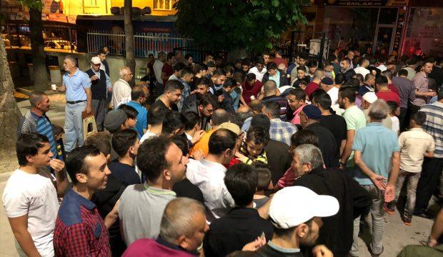Çubuk'ta Vatandaşlar Camilere Akın Etti