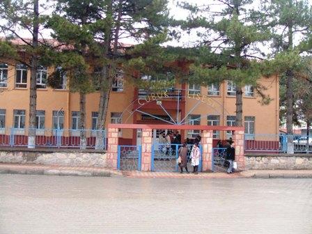 Çubuk Lisesi Boşaltıldı