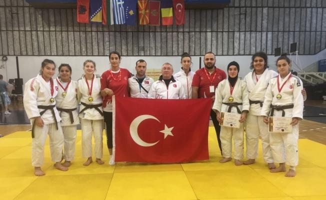 Çubuklu Sporculardan Eskrim'den sonra Judo'da da Uluslararası Başarı