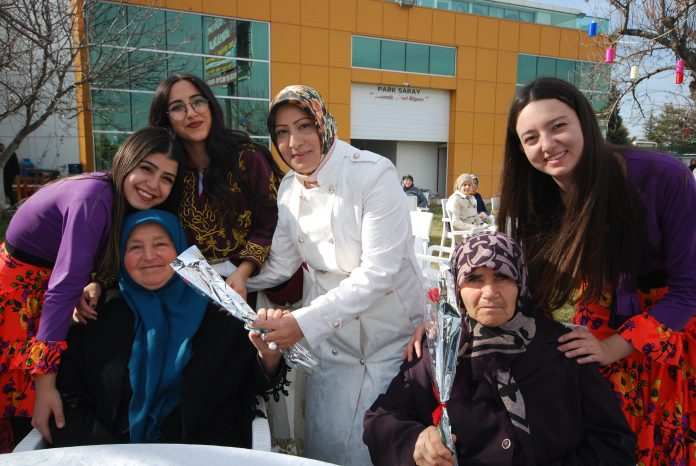 Kadınlar Gününde Şehit ve Gazi Yakınları Unutulmadı