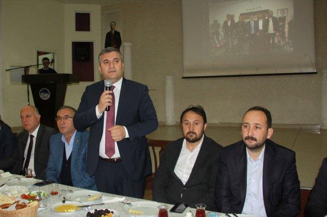 Çubuk Belediye Başkanı Demirbaş, Muhtarlarla Buluştu