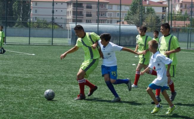 Çubuk'ta yaz Kur'an kursları futbol turnuvası