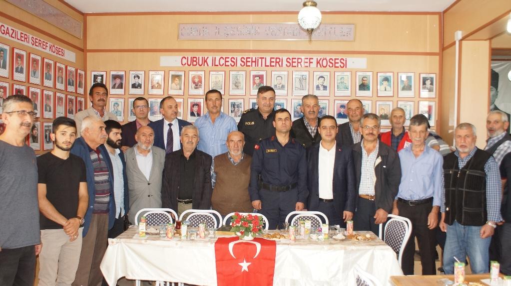 """Şehit yakınlarından Mehmetçik için """"zafer"""" duası"""