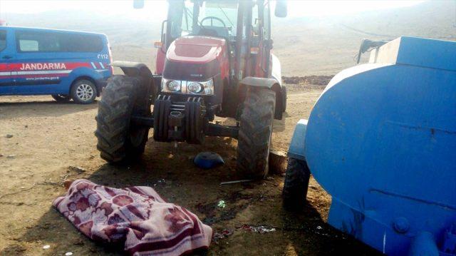 Traktörün Altında Kalan Kişi Öldü