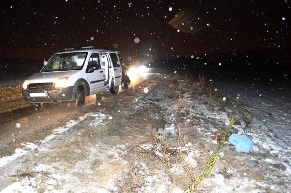 Çubuk'ta bir kişi, lise öğrencisi kızını silahla öldürdü