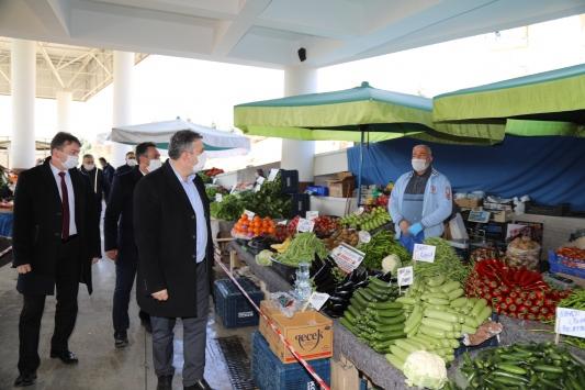 Çubuk'ta semt pazarlarında Kovid-19 tedbirleri artırıldı