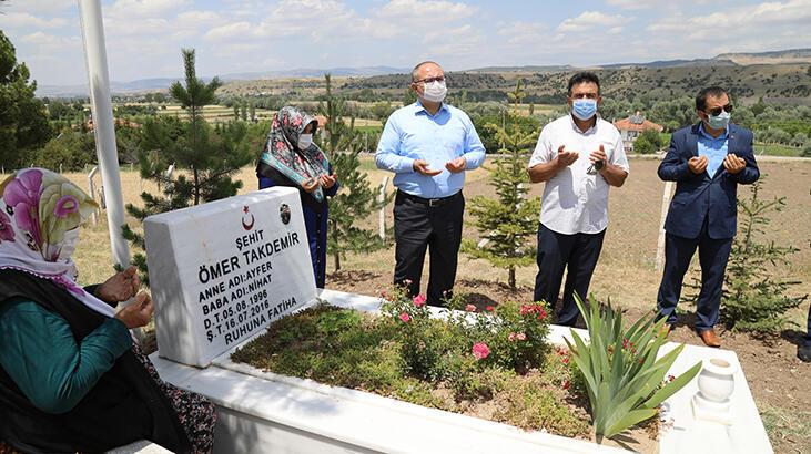 15 Temmuz şehidi Ömer Takdemir mezarı başında anıldı