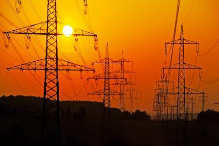 Elektrik kesintileri bezdirdi