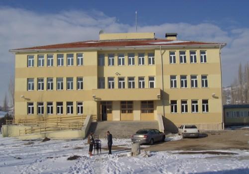 Akkuzuluda Eğitime Yeni Bina