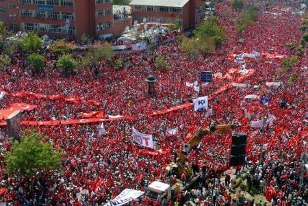 Tandoğanda Demokrasi Mitingi