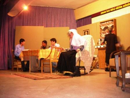 Endüstriden Tiyatro Gösterisi