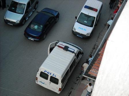 Atatürk Caddesinde Kavga