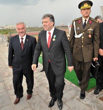 Özden,Cumhurbaşkanı Gülle Astanada biraraya geldi