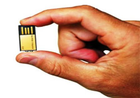 24 ayar USB bellek