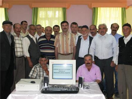 Belediyeden Muhtarlara Bilgisayar