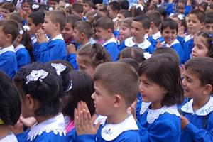 Okullar yarın açılıyor
