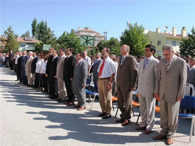 Yeni Eğitim Öğretim Yılı Törenle Açıldı