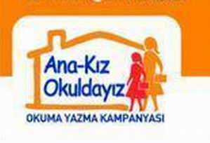 Ana-Kız Okuldayız