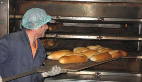 Çubuklular halk ekmek istiyor