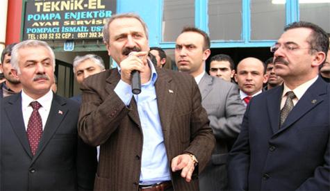 Sanayi Bakanı Çubukta