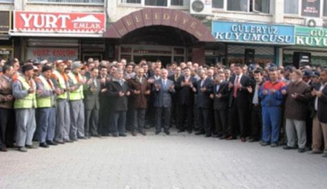 Lokman Özden Belediyeyi Devraldı