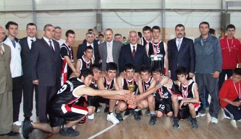 Liseler Arası Basketbol Turnuvası Sona Erdi