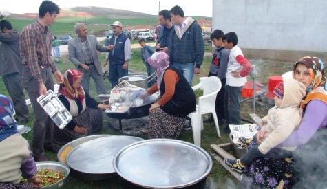 Köylüler Şükür Duasına Çıktı