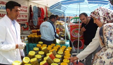 Çubuk Belediyesi Beypazarı festivalinde stand açtı