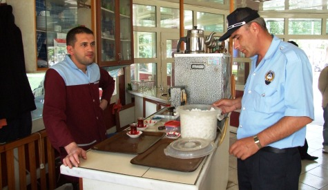 Çubukta Kahvehanlerde Açık Şeker Yasaklandı