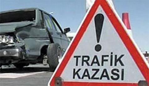 Çubukta Trafik Kazası 2 yaralı