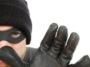 Hırsızlar artık gündüz çalıyor