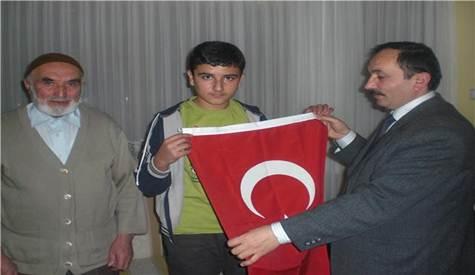 Terör Mağdurları Derneğinden Şehit Ailelerine Ziyaret