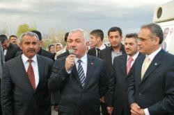 Muhsin Yazıcıoğlu Mahallesinin Tabelası Törenle Açıldı