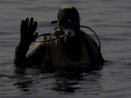 Yüzmek İçin Girdiği Gölette Can Verdi