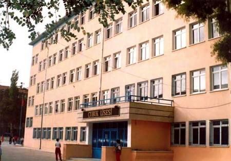 Okul idarecilerinden Öğrenciye 9 Bin TL Lik dava.