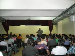 D.İ.Başkan yardımcısı Prof.Dr.M.Şevki Aydın Çubukta