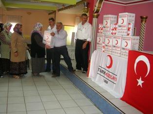 Türk Kızılayı Yoksulların Yanında